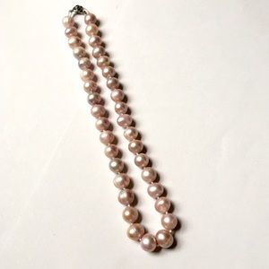 NWOT pink freshwater pearl necklace(10mm size)